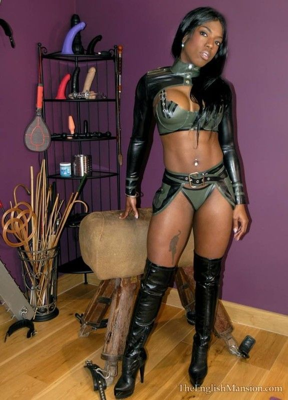 andre date mistress strapon